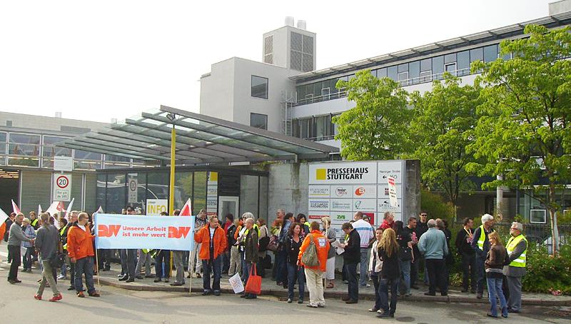 Gruppenfoto am Eingang